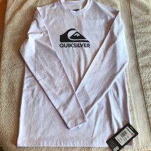 QuikSilver Rash Guard Summer Shirt. NWT